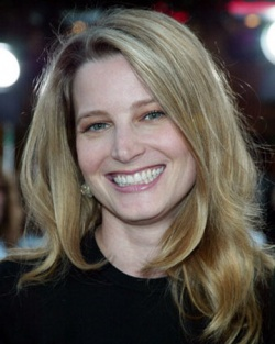 Bridget-Fonda-Photograph-C12146764.jpeg